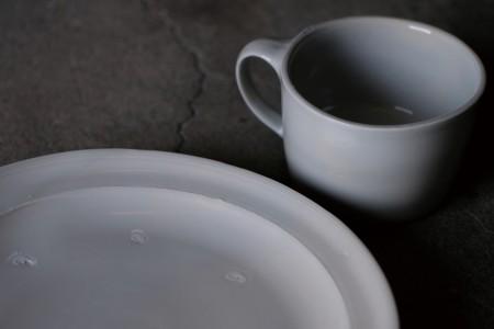 中本純也 × 又野寛「白磁と茶粥」
